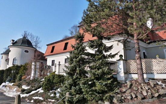 Novy Jicin, جمهورية التشيك: Detail okolí hotelu.