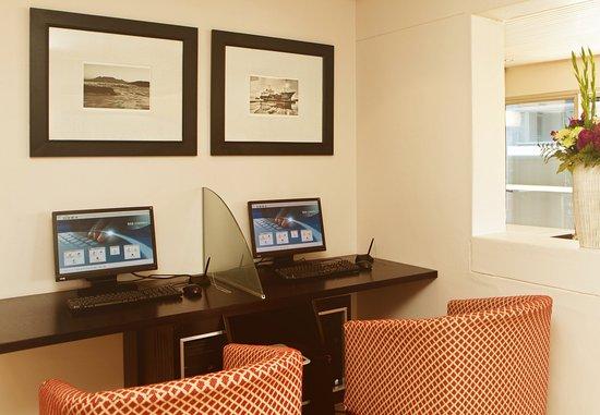 Protea Hotel by Marriott Cape Town Cape Castle: Business Center