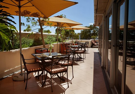 Protea Hotel by Marriott Cape Town Cape Castle: Outdoor Dining Patio