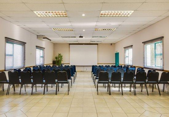 Polokwane, Sudafrica: Landmark 2 Meeting Room    Theater Setup
