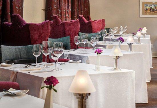 Magaliesburg, South Africa: Rambling Vine Seating Area