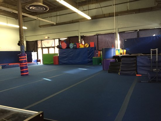 Kidzone Shore Tumbling: Open area of Kid Zone