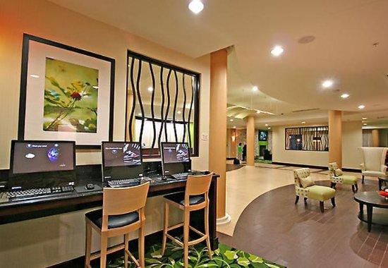 Elkin, NC: Business Center