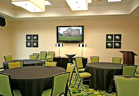 Elkin, NC: Vineyard Meeting Room