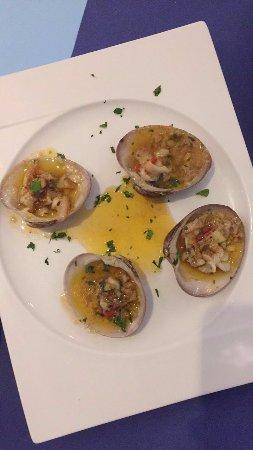 Benajarafe, Spanien: clams