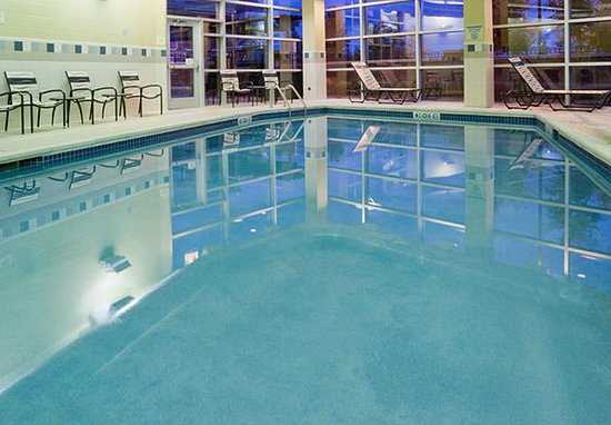 Maple Grove, Μινεσότα: Indoor Pool