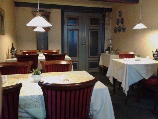 Grasten, Denmark: Den bagerste del af restauranten. Den vender ud mod gaden.