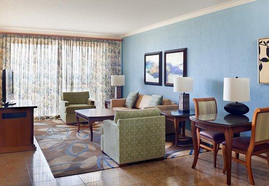 Frigate Bay, St. Kitts: Royal Golf Suite - Living Room