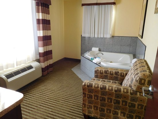 Ponca City, OK: Jacuzzi Suite
