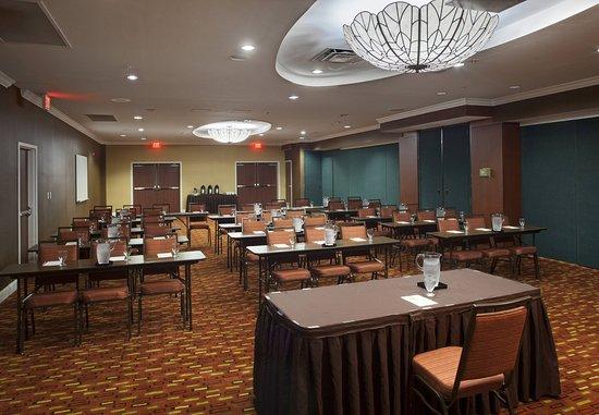 Orange Park, FL: Kinglsey Ballroom    Classroom Setup