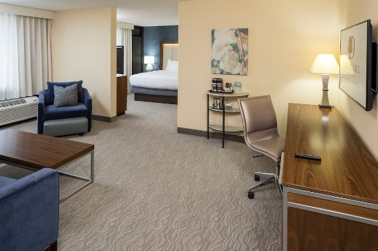 Andover, MA: Suite - Perfect for extended stays.