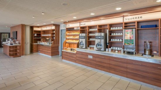 Oberding, Alemania: Enjoy the variety of our continental breakfast buffet