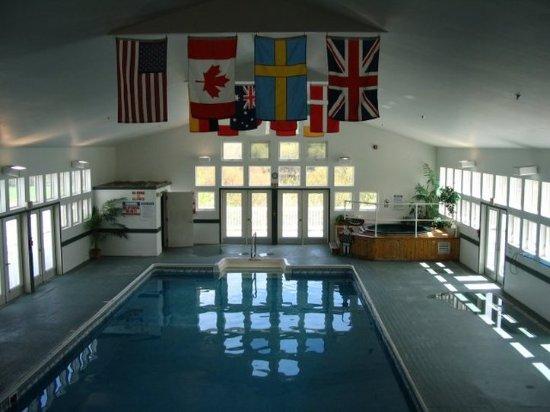 River View Resort: Pool
