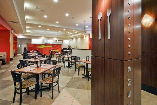 Bellmead, Teksas: Kem's Restaurant & Lounge