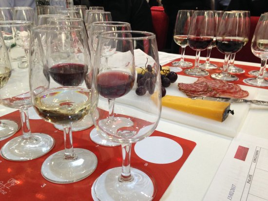 West London Wine School - Day Classes: Burgundy and Loire selection - plus nibbles!