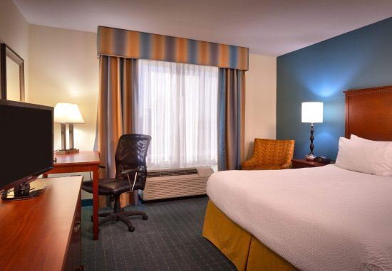 Nampa, ID: King Guest Room