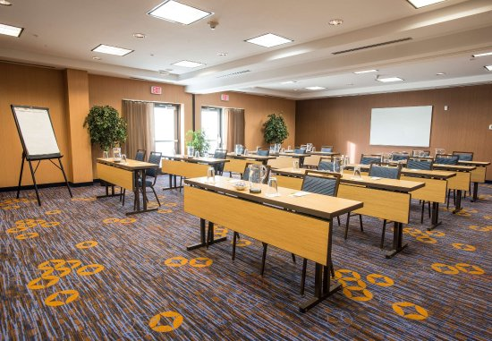 West Chester, OH: Meeting Room    Classroom Setup