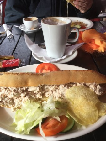 Hythe, UK: Food cheap and cheerful!