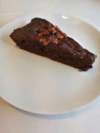 Brownie de chocolate con nueces - Menú diario - Restaurant CAN CO (La Cellera de Ter-Girona)