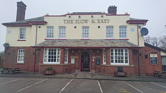 Lostock Gralam, UK: The Slow & Easy