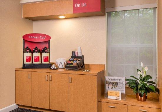 Clinton, MD: Coffee Station