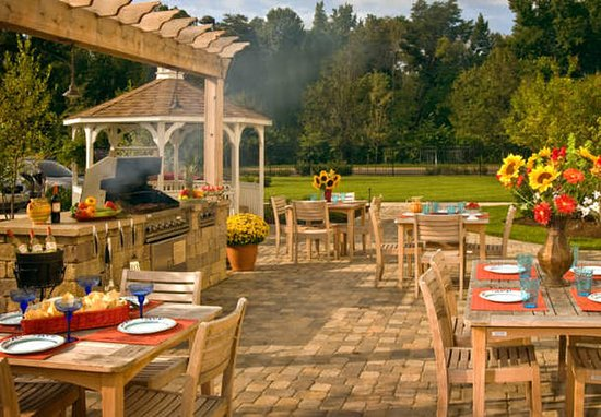 Clinton, MD: Outdoor Grill