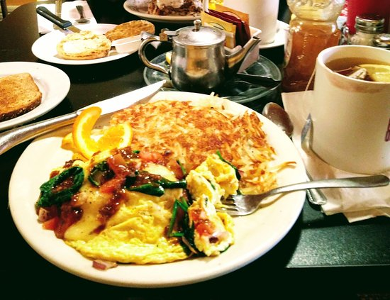 Vallejo, CA: Garden Omelet contaminated with corn beef hash
