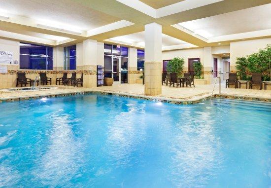 La Vista, NE: Indoor Pool