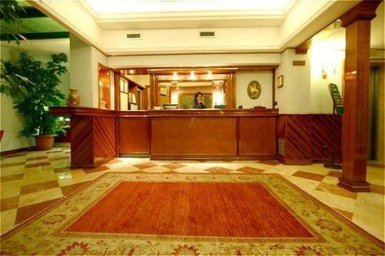 Antonito, CO: Lobby view