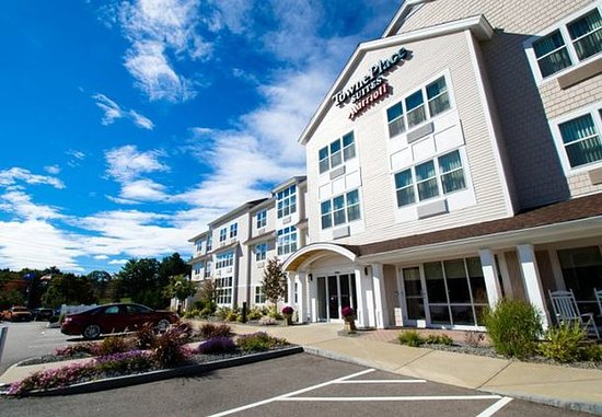 TownePlace Suites Laconia Gilford: Entrance