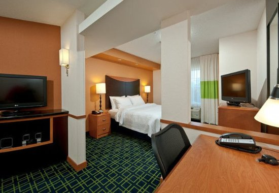 Exeter, NH: King Suite