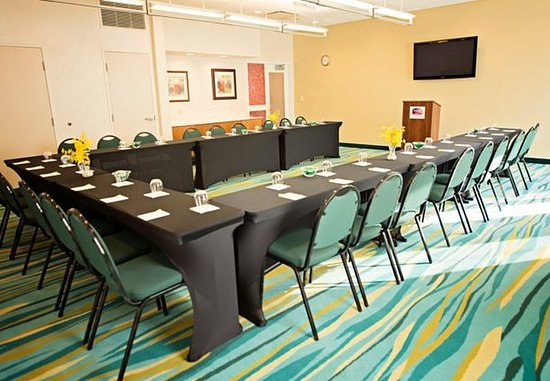 SpringHill Suites Ashburn Dulles North: Meeting Room - U-Shape Setup