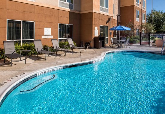 Schertz, TX: Outdoor Pool