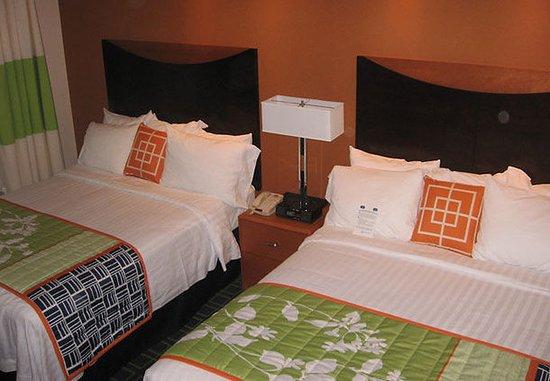 Muskogee, OK: Queen/Queen Guest Room