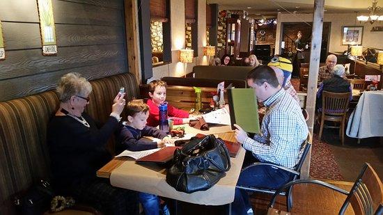 Welland, Καναδάς: 70th birthday with the taco crazy kids