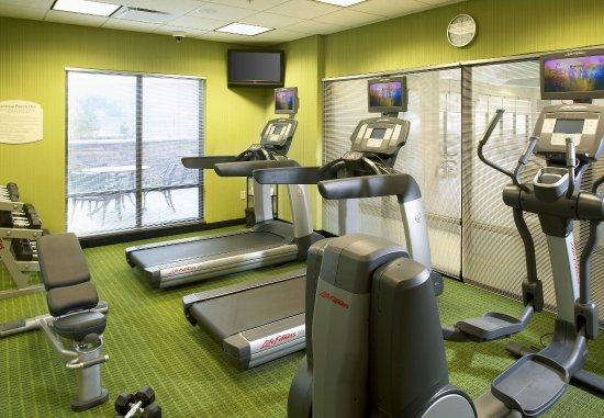 Fairfield Inn & Suites Cumberland: Fitness Center