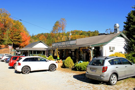 Scaly Mountain, NC: Bella's