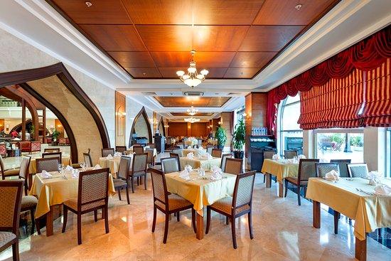 安塔利亞皇冠假日酒店