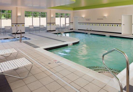 Lewisburg, WV: Indoor Pool & Spa
