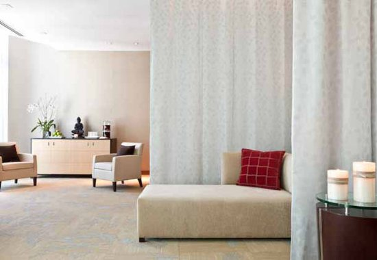 Hotel Beaux Arts Miami: enliven spa & salon - relaxation room