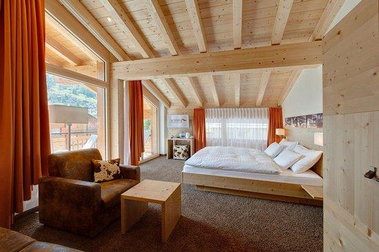 Hotel Aristella swissflair: Double room Deluxe/Matterhorn