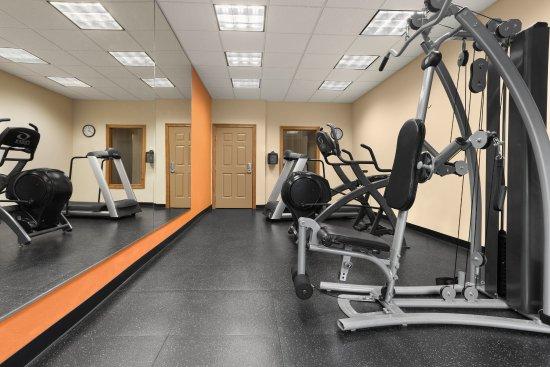 Saraland, AL: Fitness Center