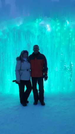 Midway, UT: Ice Castles at night