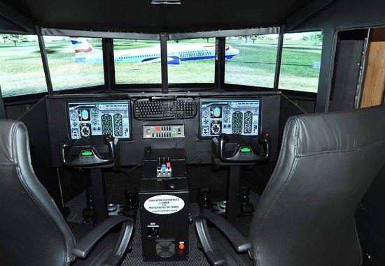 Kempton Park, South Africa: Flight Simulator
