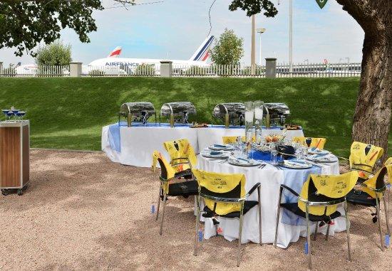 Kempton Park, South Africa: Outdoor Event Set-Up