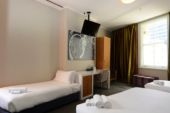 Pensione Hotel Sydney - by 8Hotels: Deluxe Trio5