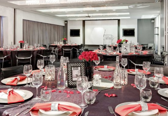Protea Hotel Fire & Ice! by Marriott Johannesburg Melrose Arch: Meeting Room - Banquet Setup