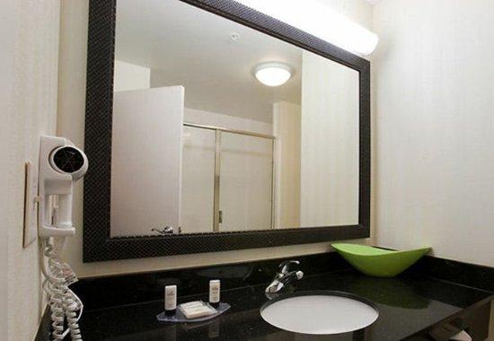 คอนโร, เท็กซัส: Suite Bathroom