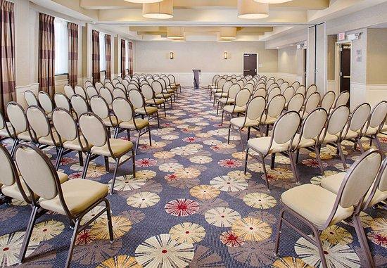 Keene, NH: Mondnock Room