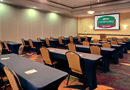 Houma, LA: Meeting Room